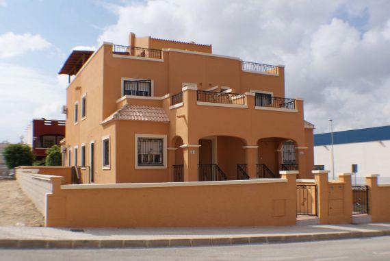Вилла в Торревьехе, Испания, 87 м2 - фото 1