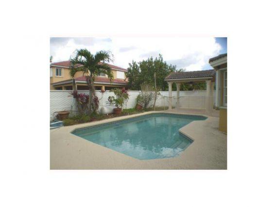 Вилла в Майами, США, 262 м2 - фото 1