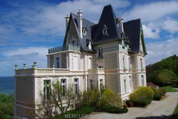 Вилла в Нормандии, Франция, 700 м2 - фото 1