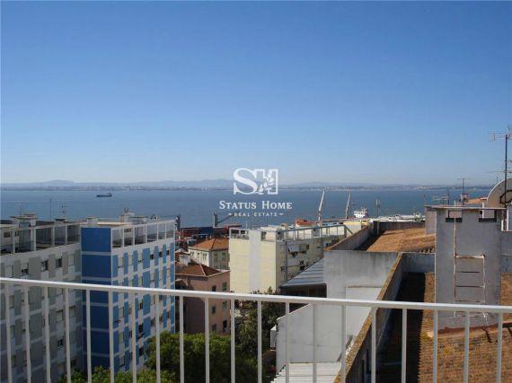 Квартира в Лиссабоне, Португалия, 122 м2 - фото 1