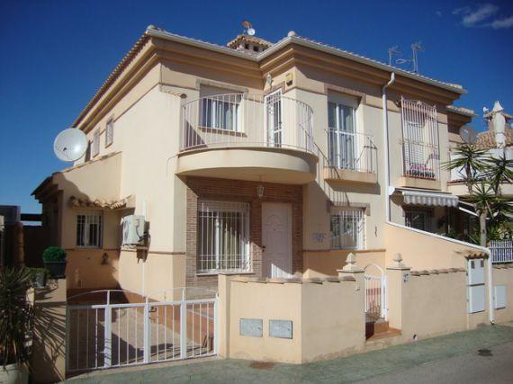 Дом в Ориуэла Коста, Испания, 75 м2 - фото 1
