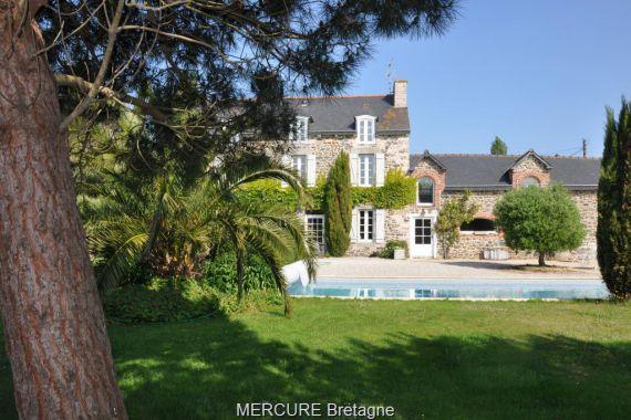 Дом в Бретани, Франция, 350 м2 - фото 1
