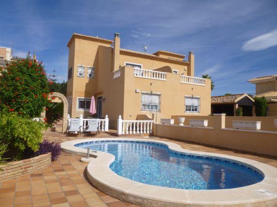 Дом в Торревьехе, Испания, 225 м2 - фото 1