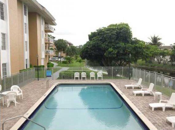 Апартаменты в Майами, США, 98.7 м2 - фото 1
