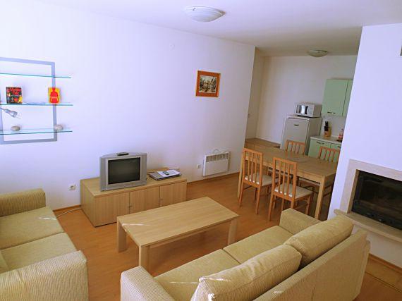 Квартира в Банско, Болгария, 90 м2 - фото 1