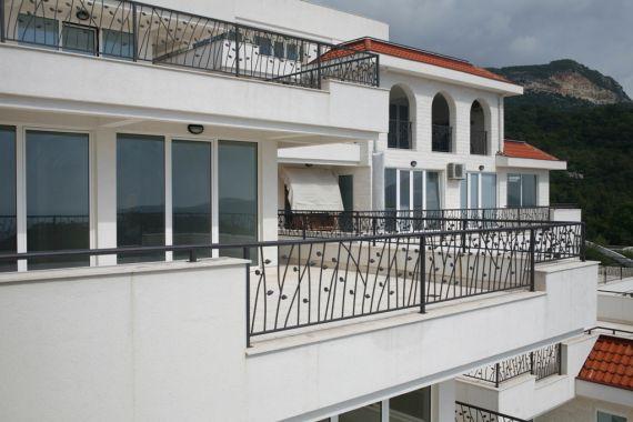 Апартаменты в Херцеге Нови, Черногория, 150 м2 - фото 1