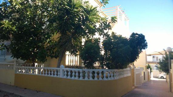 Бунгало в Торревьехе, Испания, 2 сот. - фото 1
