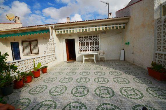 Бунгало в Торревьехе, Испания, 50 м2 - фото 1