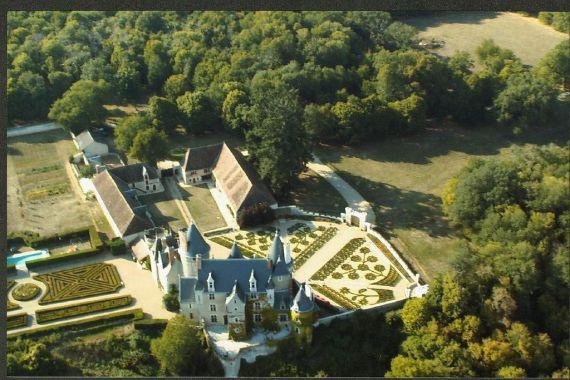 Замок в Шаранте, Франция, 1500 м2 - фото 1
