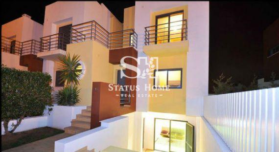 Дом в Лагоа, Португалия, 219 м2 - фото 1