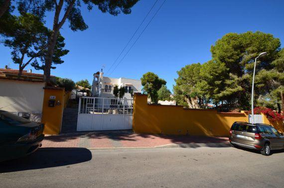 Вилла в Торревьехе, Испания, 305 м2 - фото 1