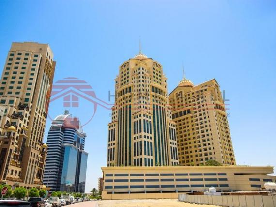 Офис в Дубае, ОАЭ, 182 м2 - фото 1