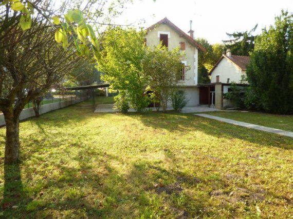 Дом в Экс-ле-Бен, Франция, 82 м2 - фото 1