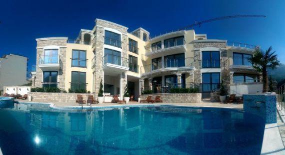 Апартаменты в Бечичи, Черногория, 110 м2 - фото 1