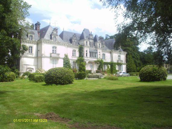Замок в землях Луары, Франция, 750 м2 - фото 1