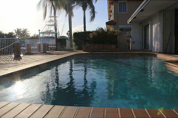 Вилла в Майами, США, 400 м2 - фото 1