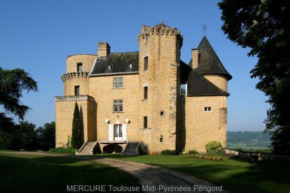 Замок в Восточных Пиренеях, Франция, 900 м2 - фото 1