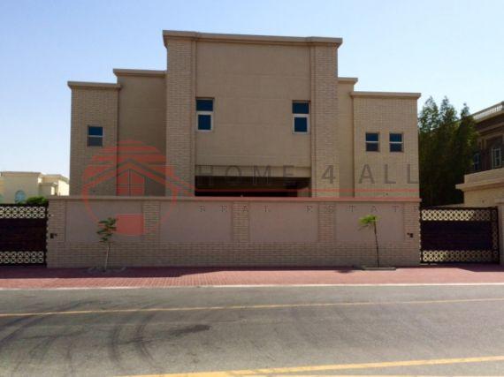Вилла в Дубае, ОАЭ, 930 м2 - фото 1