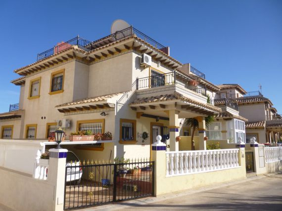 Buy a house in the Empire on prices seafront inexpensive to 125,000