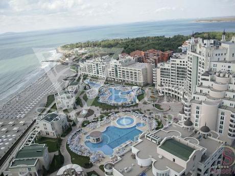 Апартаменты в Поморие, Болгария, 134 м2 - фото 1