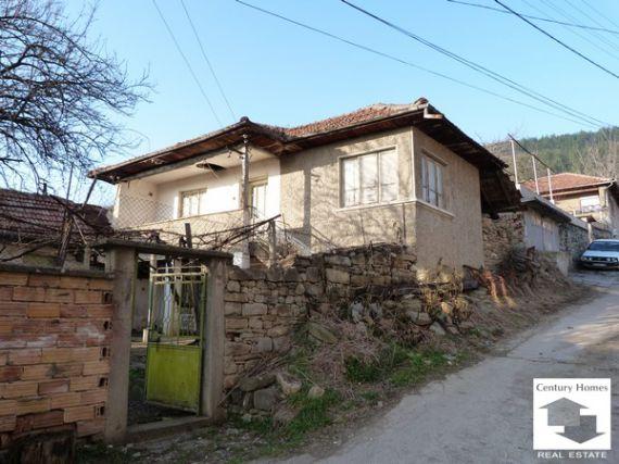 Дом в Велико Тырново, Болгария, 800 м2 - фото 1