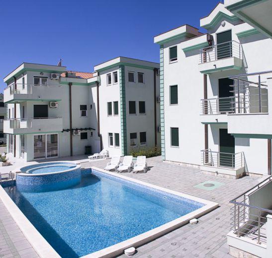 Апартаменты в Зеленике, Черногория, 44 м2 - фото 1