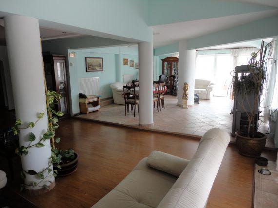 Квартира в Пуле, Хорватия, 157 м2 - фото 1