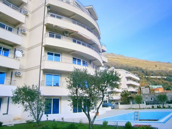 Квартира в Петроваце, Черногория, 57 м2 - фото 1