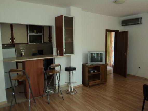Квартира в Варне, Болгария, 65 м2 - фото 1