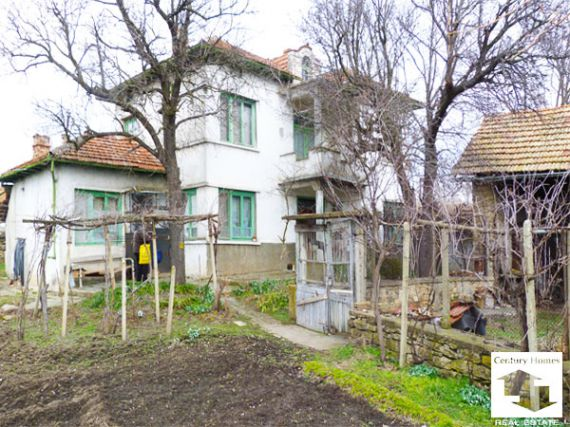 Дом в Велико Тырново, Болгария, 1200 м2 - фото 1
