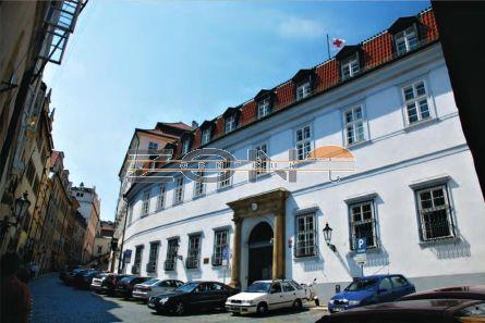 Коммерческая недвижимость в Праге, Чехия, 4230 м2 - фото 1