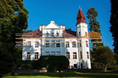 Замок в Либереце, Чехия, 1303 м2 - фото 1