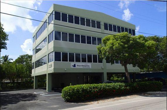 Офис в Майами, США, 848 м2 - фото 1