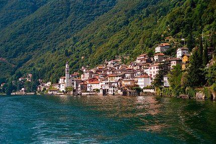 Вилла у озера Комо, Италия, 150 м2 - фото 1