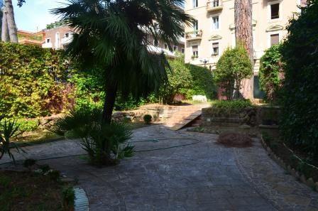 Апартаменты в Риме, Италия, 500 м2 - фото 1