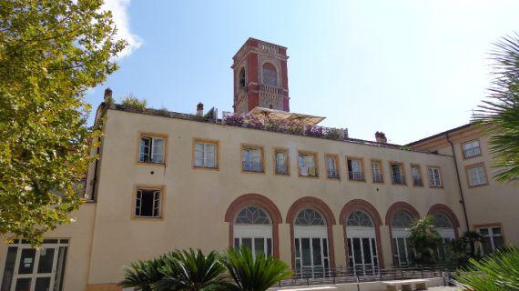 Immobili a Viareggio si trova