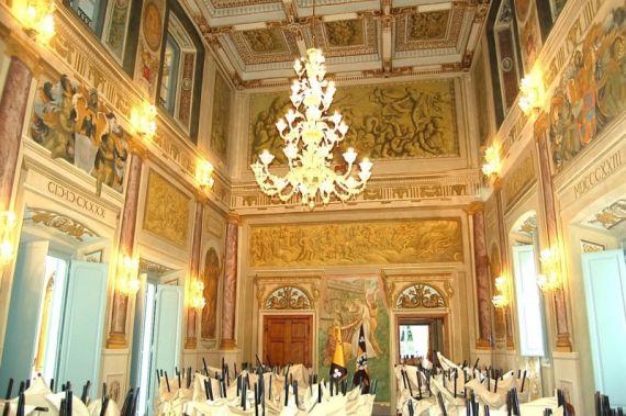 Отель, гостиница в Пизе, Италия, 2200 м2 - фото 1