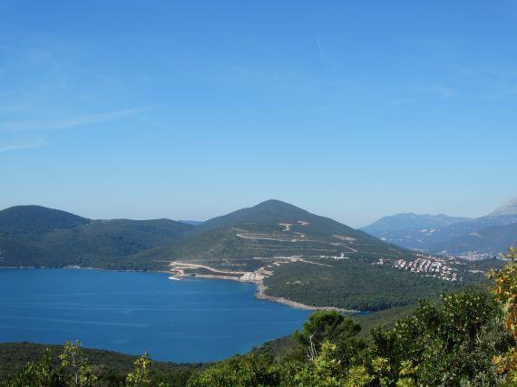 Земля в Бигово, Черногория, 8000 м2 - фото 1