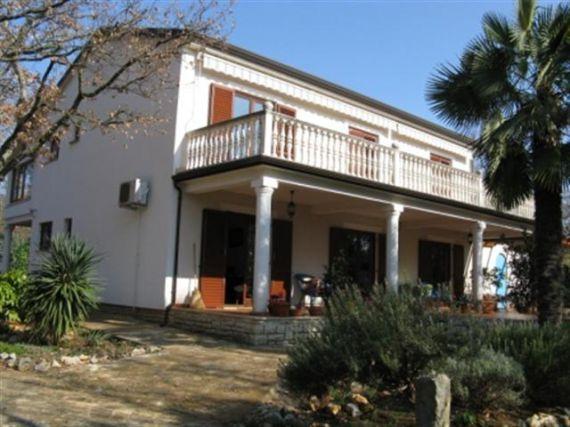 Дом в Порече, Хорватия, 363 м2 - фото 1