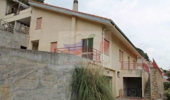 Buy a house in Ventimiglia inexpensively