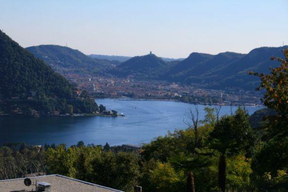 Земля у озера Комо, Италия, 2500 м2 - фото 1