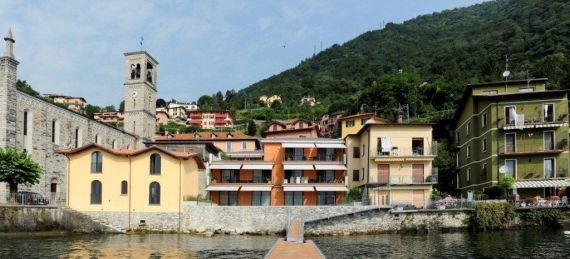 Апартаменты у озера Комо, Италия, 125 м2 - фото 1