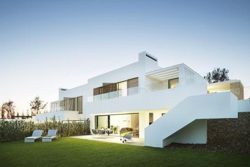 Дом в Жироне, Испания, 800 м2 - фото 1