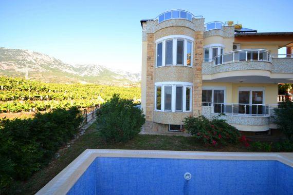 Вилла в Аланье, Турция, 350 м2 - фото 1