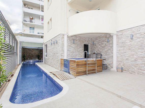 Отель, гостиница в Будве, Черногория, 1450 м2 - фото 5
