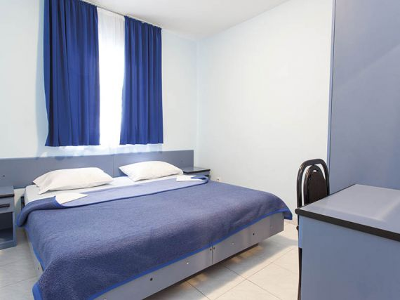 Отель, гостиница в Будве, Черногория, 1450 м2 - фото 8