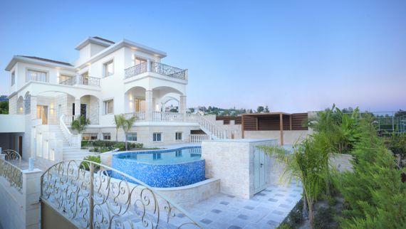 Вилла в Лимассоле, Кипр, 398 м2 - фото 1