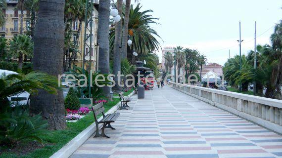 Апартаменты в Сан-Ремо, Италия, 38 м2 - фото 1