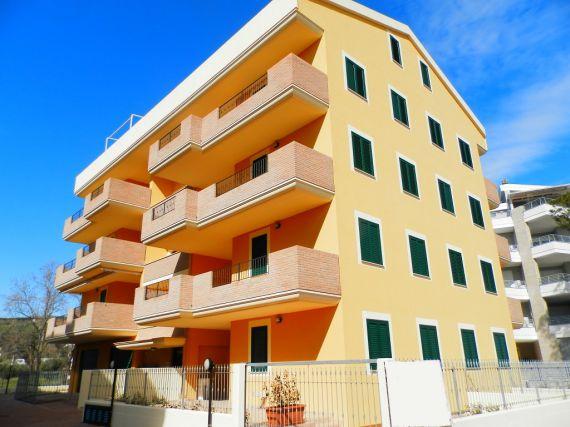 Апартаменты в Абруццо, Италия, 260 м2 - фото 1