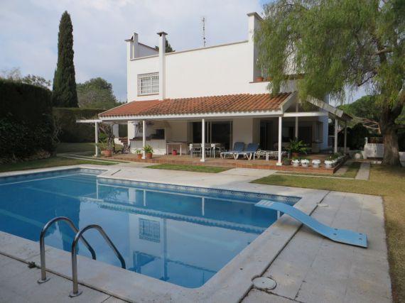 Недвижимость в испании у моря купить цены